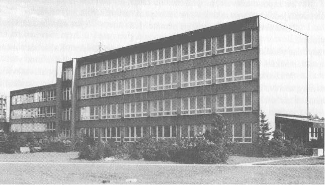 Současné sídlo Střední zdravotnické školy v Karviné